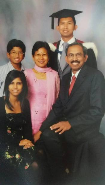 Family photo at Vinudan's graduation.jpg